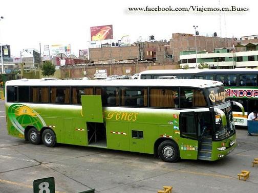 Bus de la Empresa Imagenes en Arequipa